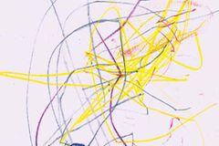 Kinderstriche auf einem Blatt Pappier