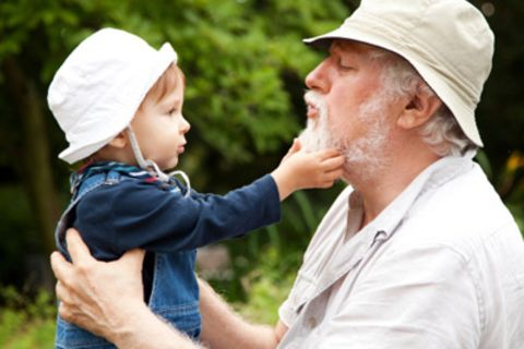 Großeltern: So helfen Oma und Opa der jungen Familie