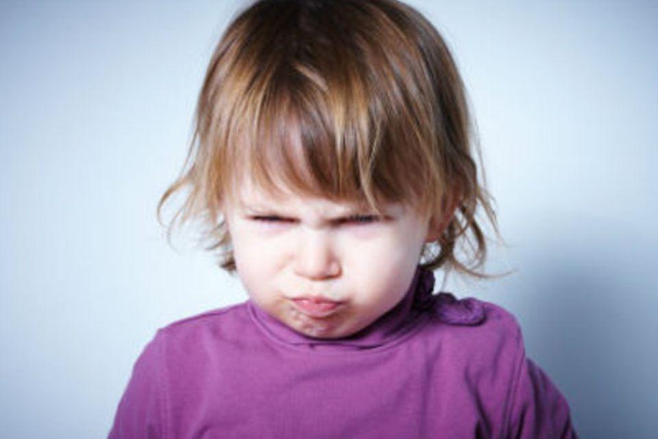 Zerstörungswut: Was steckt dahinter, wenn Kinder alles kaputtmachen?