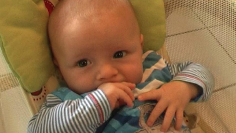 Baby-Entwicklung: Baby mit 11 Wochen: Die 11. Lebenswoche Deines Babys