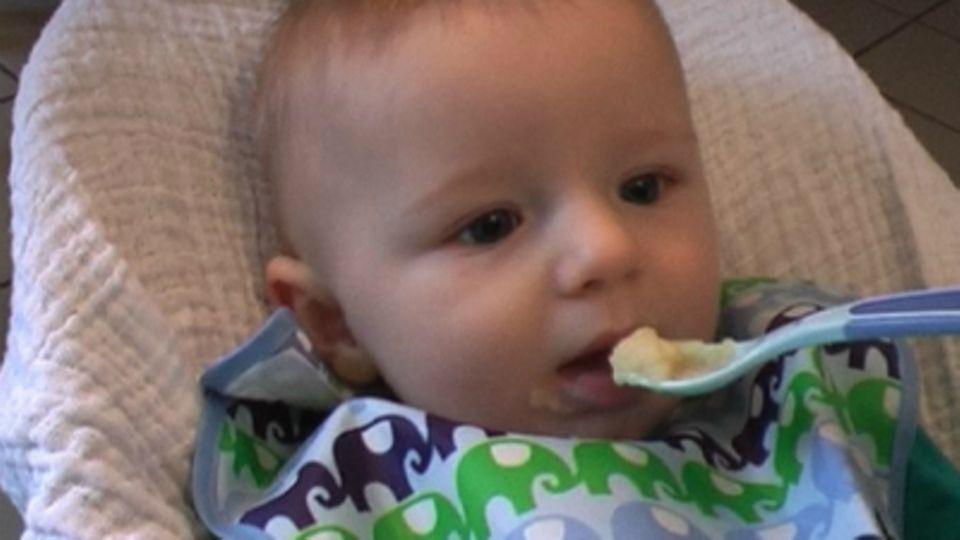 Baby-Entwicklung: Baby mit 25 Wochen: Die 25. Lebenswoche Deines Babys