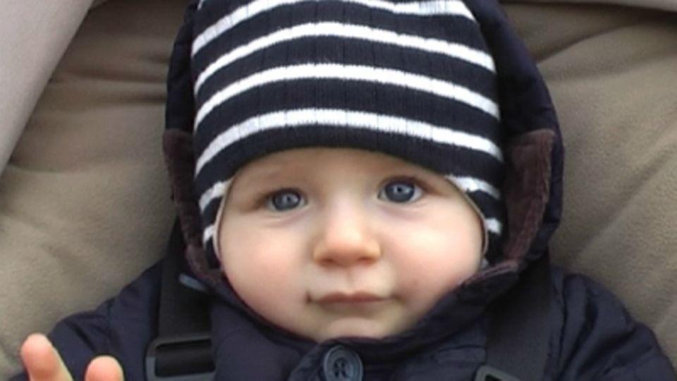 Baby-Entwicklung: Baby mit 32 Wochen: Die 32. Lebenswoche Deines Babys