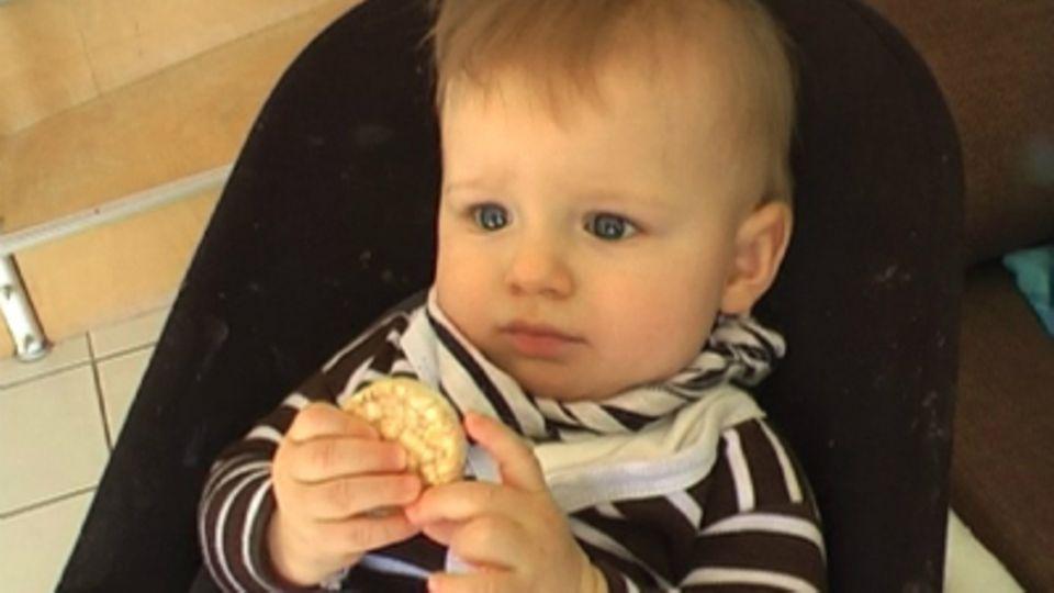 Baby-Entwicklung: Baby mit 33 Wochen: Die 33. Lebenswoche Deines Babys