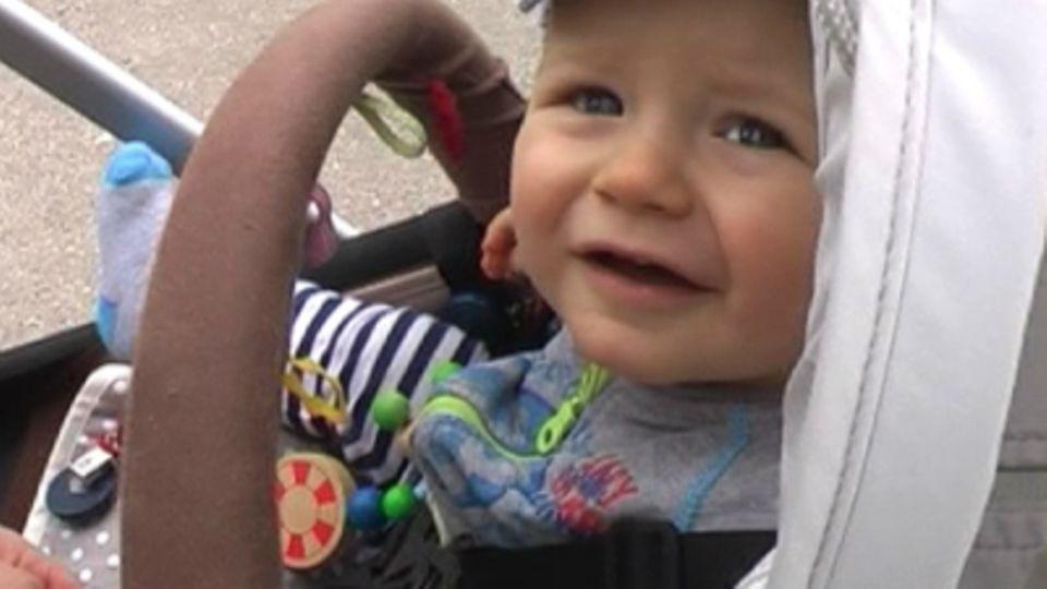 Baby-Entwicklung: Baby mit 42 Wochen: Die 42. Lebenswoche Deines Babys