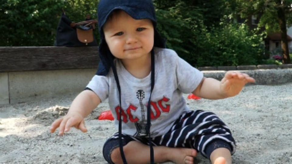 Baby-Entwicklung: Baby mit 51 Wochen: Die 51. Lebenswoche Deines Babys