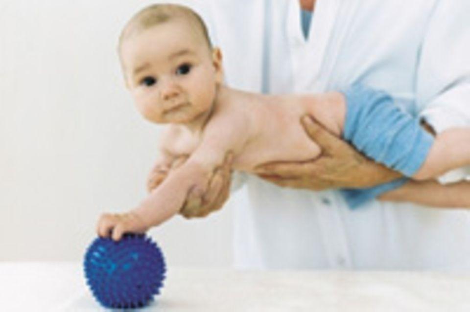 Krankenversicherung: Vorsorge fürs Kind – das übernimmt die Kasse