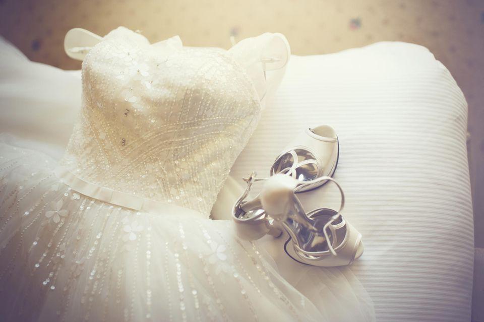 Hochzeitskleider für Schwangere: So trauen wir uns zu dritt!