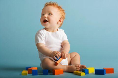 Welche Spielsachen ab wann fürs Baby?