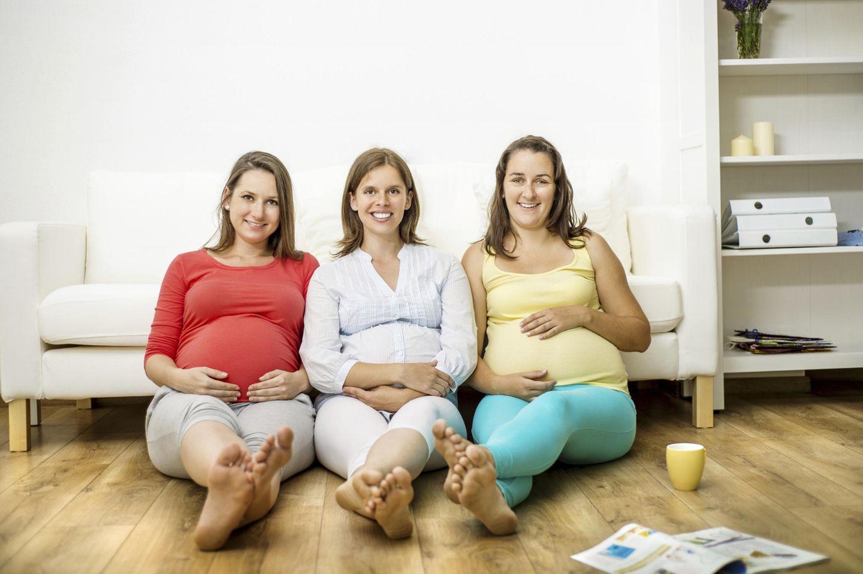 Schwangerschaft: Parallelschwangere und neidische Singles