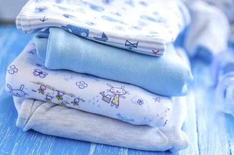 Gebrauchte Kinderkleidung: 10 Tipps für den erfolgreichen Verkauf