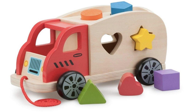 Holz-Lkw mit verschiedenen Formen