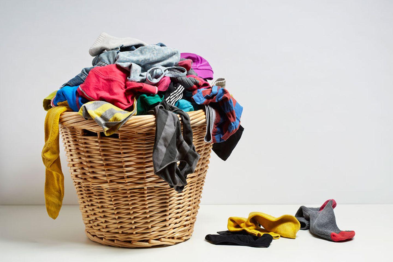 Eine ganz normale Mama: Haushalt mit Kindern: Der bodenlose Wäschekorb