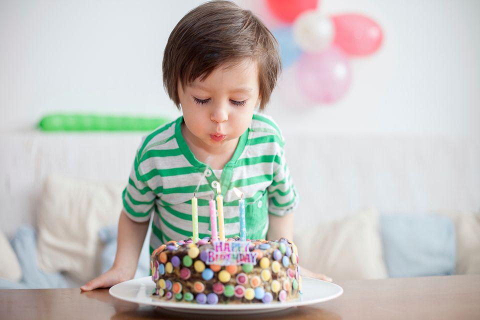 Der vierte Geburtstag