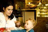 """Eine der beliebtesten Familien-Apps für unterwegs ist """"Baby Places"""". Die Bewertungsplattform zeigt alles an, was Eltern und Kinder in der Nähe brauchen könnten.   Baby Places, für iOS und Android, von melting elements, gratis."""