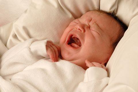 Baby schreit und schreit