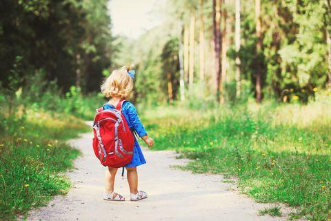 """Familymag: Erziehung - """"Dann gehe ich halt allein!"""" – Kinder verstehen keinen Humor"""