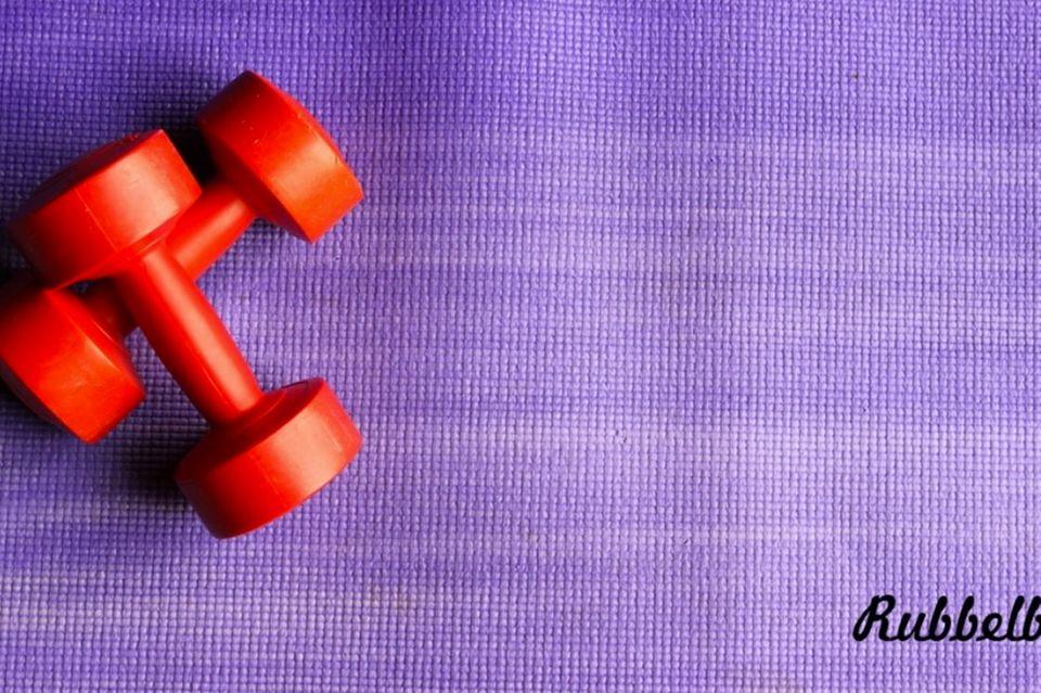Rubbelbatz: Bauch nach der Schwangerschaft: Abfinden oder abplagen?