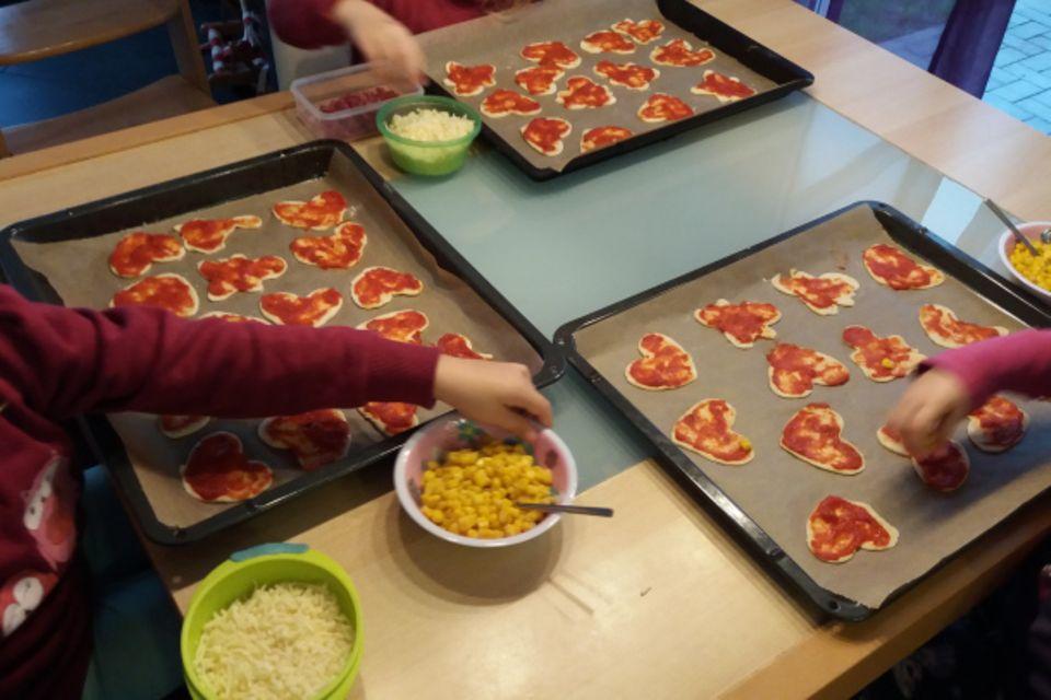 Mamablog Mama Michi:  Schnelle Herzpizza