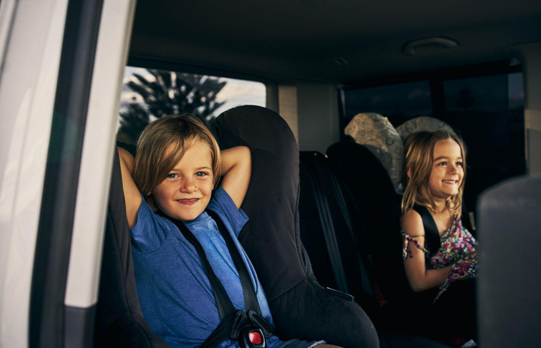 Entspannt reisen mit Kindern: Die besten Spiele für unterwegs