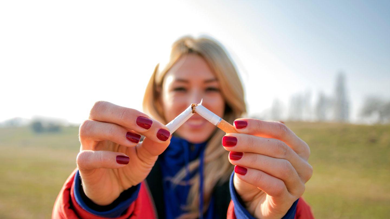 Kopf bekommen beim Rauchen