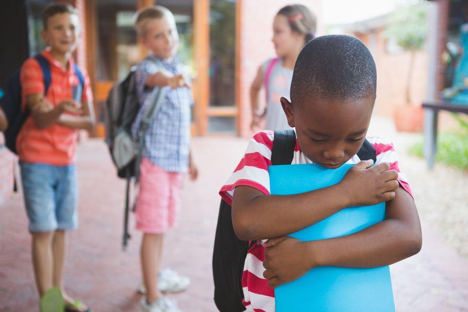 Kinder mit Migrationshintergrund: #MeTwo: Der alltägliche Rassismus in Kita und Schule