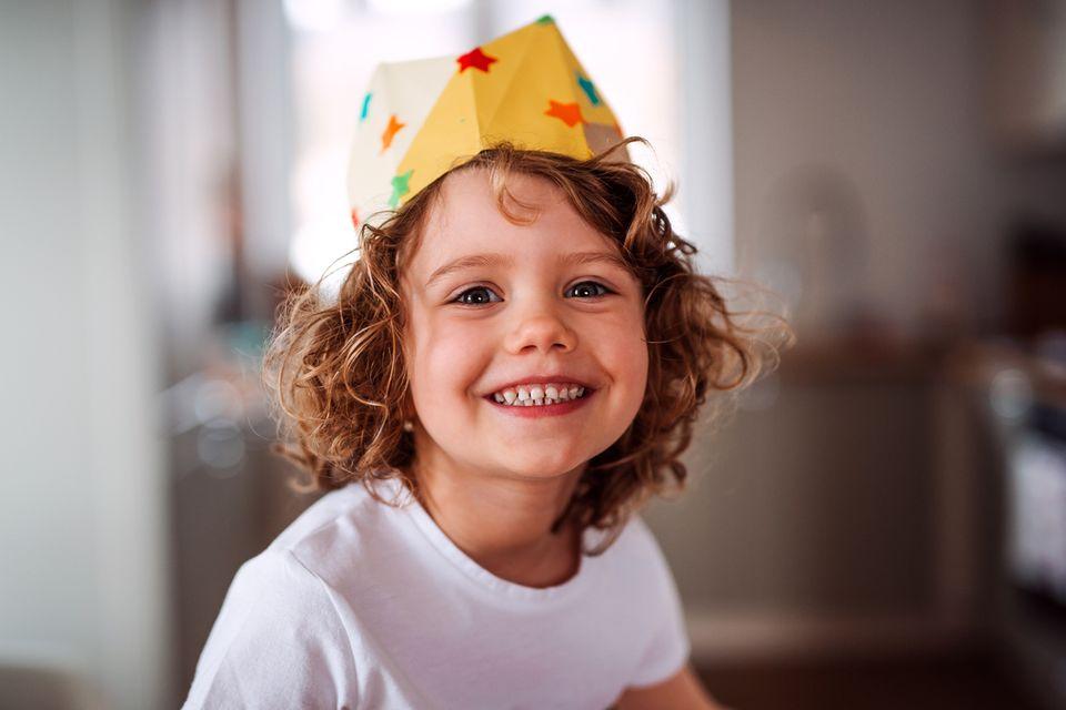 Kind mit Krone