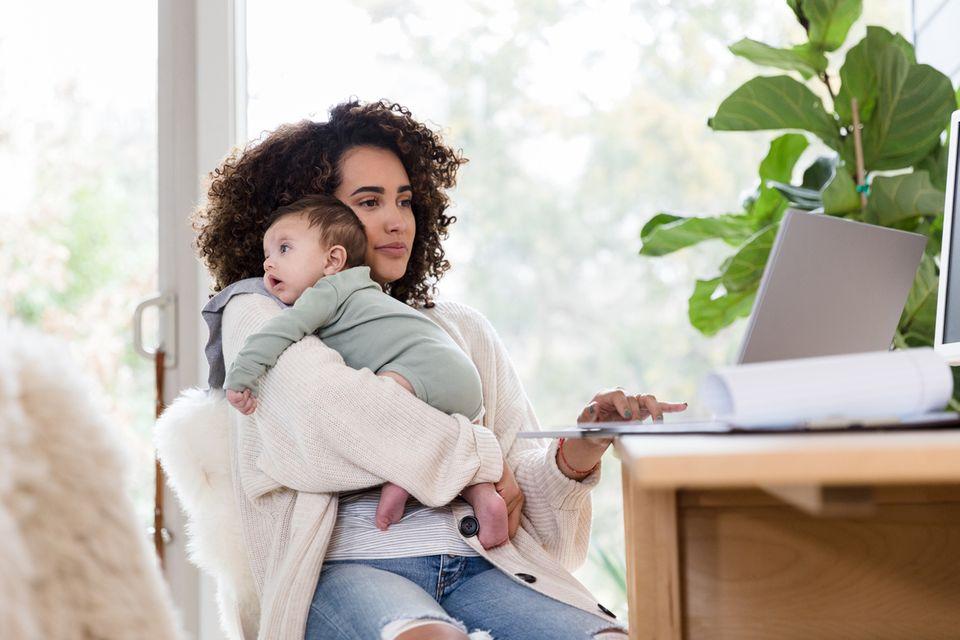 Familienleistungen 2021: Geld und Steuern: Das ändert sich ...