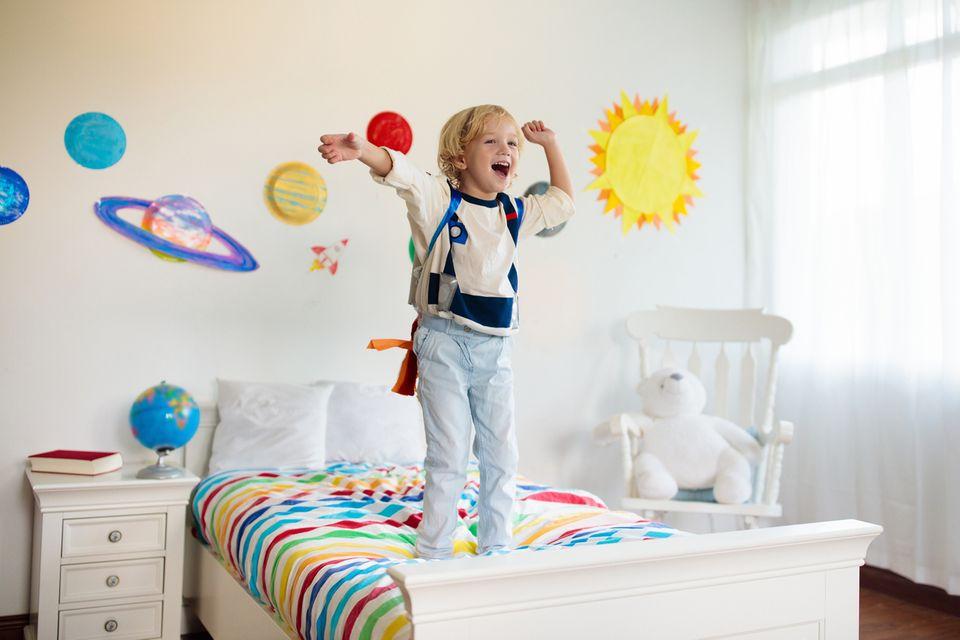 Kinderzimmer Wandgestaltung Weltall