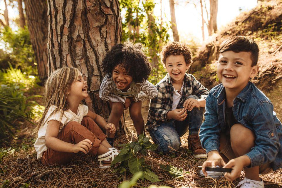Generation Z:  Wissenschaftler warnen: Jedem dritten Kind fehlt diese wichtige soziale Eigenschaft