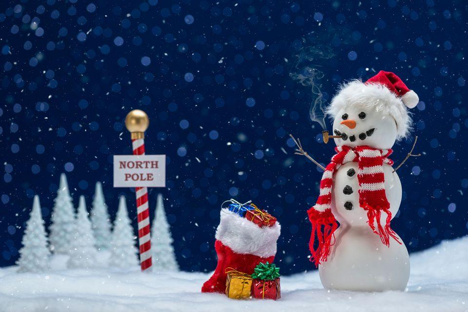 Schneemann und Geschenkesack