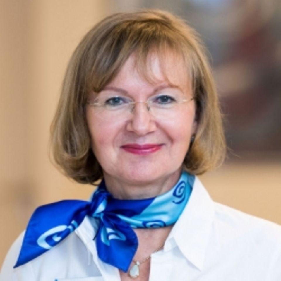 Dr. med Annette Klöpper, Fachärztin für Frauenheilkunde und Geburtshilfe – Psychotherapie
