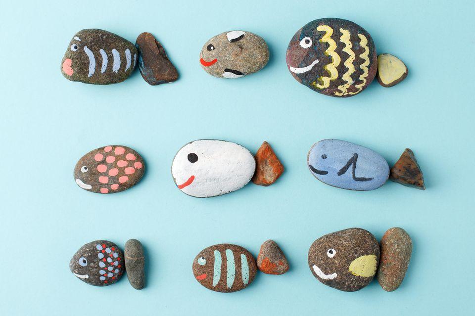 Basteln mit Kleinkindern: Steine bemalen