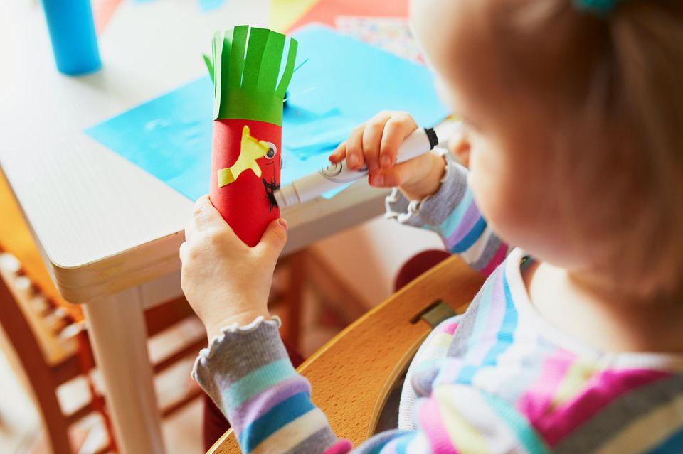 Basteln mit Kleinkindern: Basteln mit Klopapierrollen