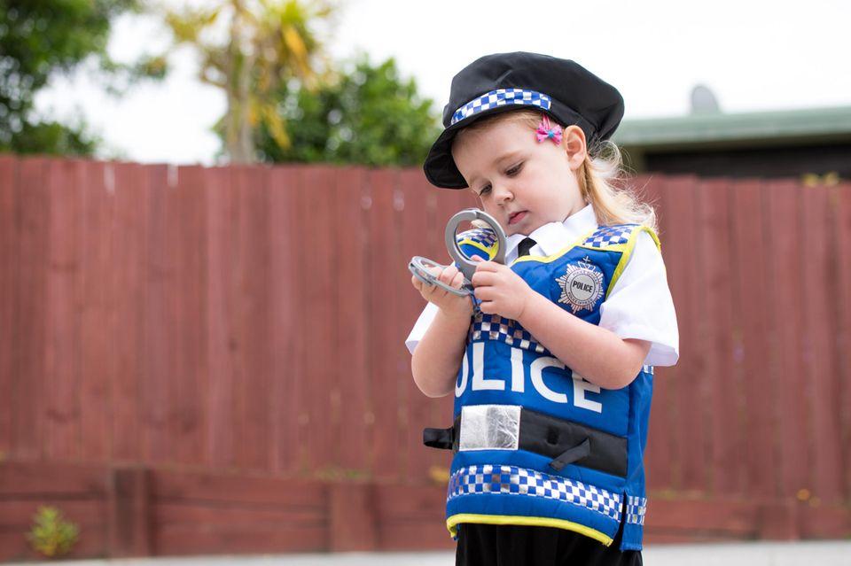 Saarbrücken: Kind wird Polizist
