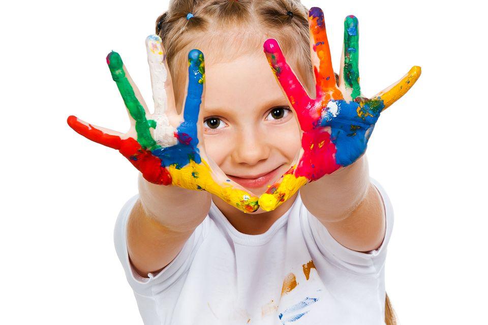 Farblecken in Kinderkleidung