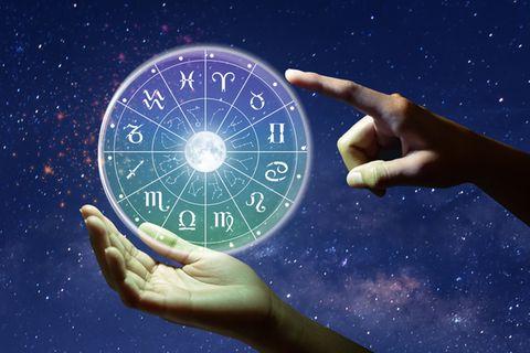 Sternzeichen-Datum: Tierkreis mit Tierkreiszeichen